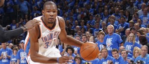 Durant needs to earn his Spurs (NBAE/Getty)