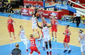 AP_EuroBasketW_GB_Serbia_14062015_4320x